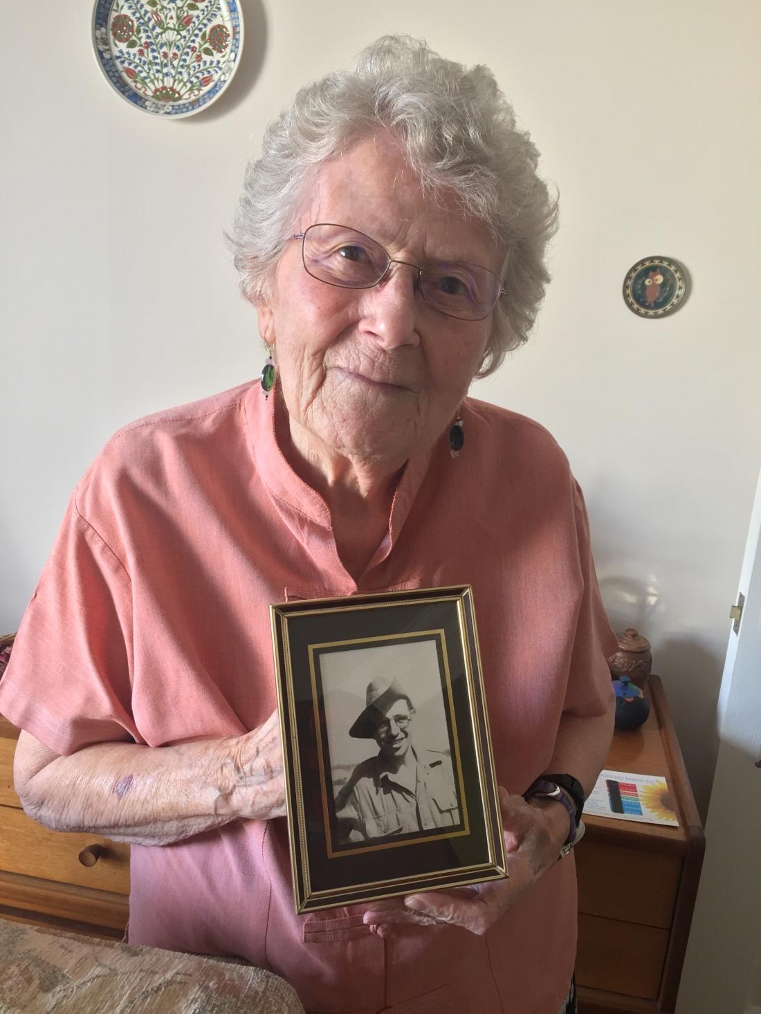 Joan Eggmore with Photograph of Husband (10 April 2017)